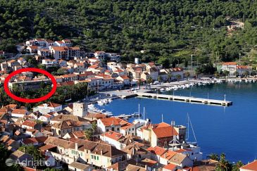 Property Vis (Vis) - Accommodation 8906 - Apartments near sea with pebble beach.