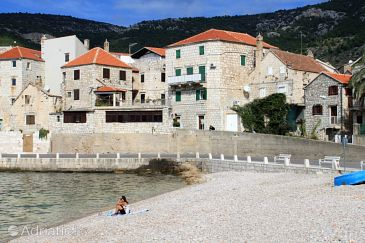 Property Komiža (Vis) - Accommodation 8910 - Apartments and Rooms near sea with pebble beach.