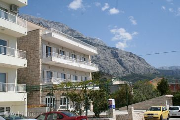 Makarska, Makarska, Property 9038 - Apartments and Rooms blizu mora with pebble beach.