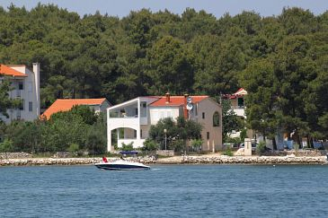 Property Verunić (Dugi otok) - Accommodation 904 - Apartments near sea.
