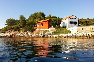 Property Savar (Dugi otok) - Accommodation 909 - Apartments near sea with pebble beach.