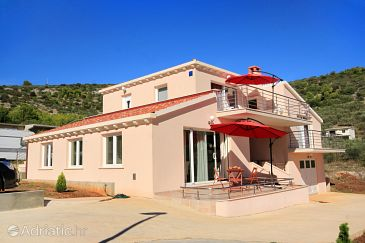 Property Vela Luka (Korčula) - Accommodation 9189 - Apartments with pebble beach.