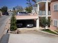 Parking lot Pag (Pag) - Accommodation 9201 - Apartments near sea with pebble beach.