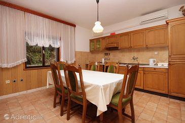 Prižba, Dining room u smještaju tipa apartment, dostupna klima, dopusteni kucni ljubimci i WIFI.