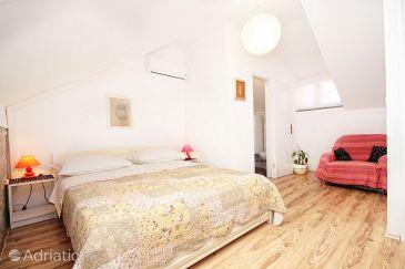 Room S-9252-a - Rooms Split (Split) - 9252