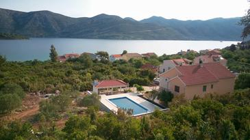Property Kneža (Korčula) - Accommodation 9269 - Apartments near sea with pebble beach.
