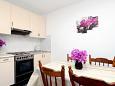 Kitchen - Apartment A-9288-a - Apartments Prigradica (Korčula) - 9288