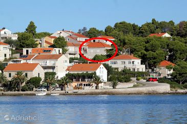 Property Lumbarda (Korčula) - Accommodation 9300 - Apartments near sea with rocky beach.