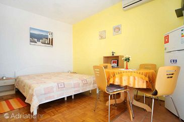 Apartment A-9334-b - Apartments and Rooms Novalja (Pag) - 9334