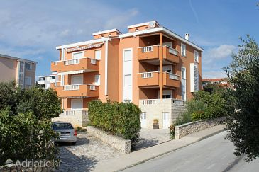 Property Novalja (Pag) - Accommodation 9336 - Apartments with pebble beach.
