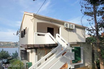 Property Stara Novalja (Pag) - Accommodation 9347 - Apartments near sea.