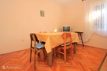 Apartment A-9352-b - Apartments Stara Novalja (Pag) - 9352