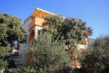 Property Mandre (Pag) - Accommodation 9354 - Apartments in Croatia.