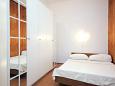Bedroom 2 - Apartment A-9368-a - Apartments Stara Novalja (Pag) - 9368
