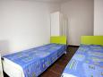Bedroom 2 - Apartment A-9385-b - Apartments Vlašići (Pag) - 9385