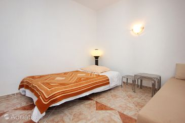 Apartment A-9396-a - Apartments Stara Novalja (Pag) - 9396