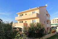 Apartments with a parking space Novalja (Pag) - 9403