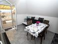 Dining room - Studio flat AS-9404-a - Apartments Promajna (Makarska) - 9404