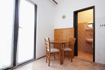 Apartment A-9405-a - Apartments Povljana (Pag) - 9405