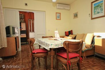 Apartment A-9435-a - Apartments Sumpetar (Omiš) - 9435