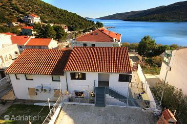 Property Marina (Trogir) - Accommodation 9438 - Apartments near sea with pebble beach.