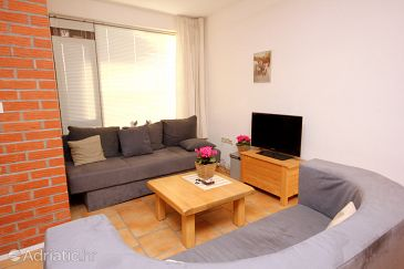 Apartment A-9444-a - Apartments Okrug Gornji (Čiovo) - 9444
