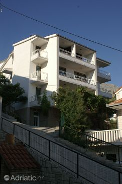 Property Duće (Omiš) - Accommodation 945 - Apartments near sea with sandy beach.