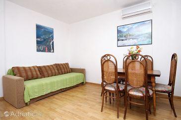 Slatine, Living room u smještaju tipa apartment, dopusteni kucni ljubimci i WIFI.