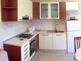 Kitchen - Apartment A-9474-a - Apartments Lumbarda (Korčula) - 9474