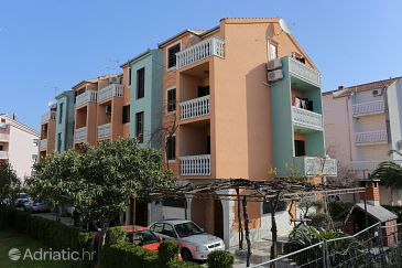 Property Podstrana (Split) - Accommodation 9503 - Apartments near sea with pebble beach.