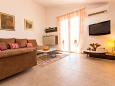 Living room 1 - House K-9505 - Vacation Rentals Medići (Omiš) - 9505