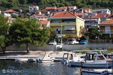 Trogir, Trogir, Property 9667 - Apartments blizu mora with pebble beach.