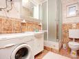 Bathroom - Apartment A-9673-a - Apartments Basina (Hvar) - 9673