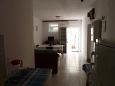Seget Vranjica, Hallway u smještaju tipa apartment, dostupna klima i WIFI.