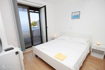 Room S-994-a - Apartments and Rooms Zaklopatica (Lastovo) - 994