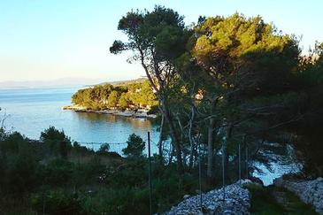 Uvala Makarac na otoku Brač (Srednja Dalmacija)