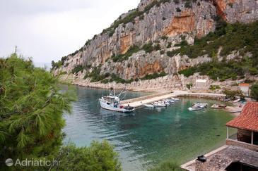 Uvala Vela Stiniva na otoku Hvar (Srednja Dalmacija)